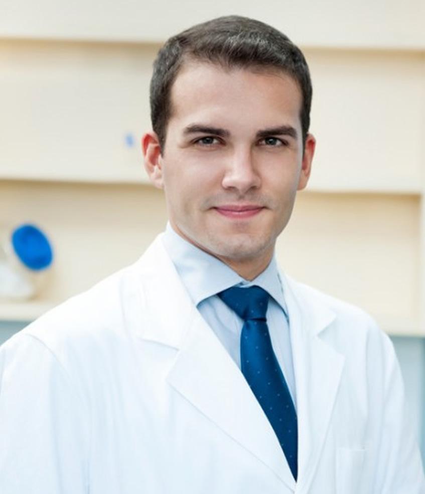 Carlos Manresa
